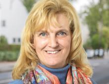Simone Hecht
